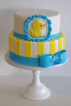 This Rubber ducky cake would be a great idea for a baby shower! Baby Shower Duck, Rubber Ducky Baby Shower, Baby Shower Cakes, Baby Showers, Cake Pops, Rubber Ducky Cake, Duck Cake, Shower Bebe, Cake Gallery