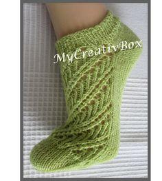 """Socken """"Java"""" für Gr.38-47, Anleitung von MyCreativBox, gestrickt mit Sockenwolle 4-fach Baby Knitting Patterns, Hand Knitting, Diy Gifts, Fashion, Tela, Socks, Knit Socks, Knitting Patterns Baby, Handarbeit"""