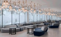 Hilton Amsterdam Airport Schiphol - Hospitality Design Airport Vip Lounge, Airport Hotel, Sala Vip, Design Lounge, Istanbul, Airport Design, Lobby Interior, Restaurants, Hospitality Design