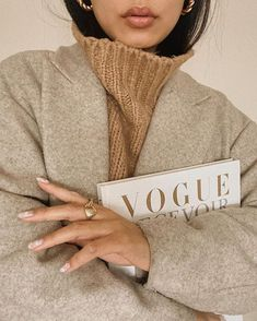 Cream Aesthetic, Classy Aesthetic, Brown Aesthetic, Aesthetic Photo, Mood Board Fashion, Mode Outfits, Fashion Outfits, Arm Warmers, Autumn Fashion