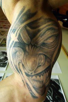 Evil Tattoos, Tattoo Designs, Portrait, Maze, Headshot Photography, Portrait Paintings, Labyrinths, Tattooed Guys, Tattoo Patterns