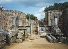 Archaic Greek - Hellenistic - Workshop of Phidias at Olympia, where it is said he fashioned the cryselephantine statue of Zeus or Zevs, one of the Seven Wonders of the World.