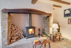 Romantic lovenest in Stoke Abbott, Dorset for discerning couples