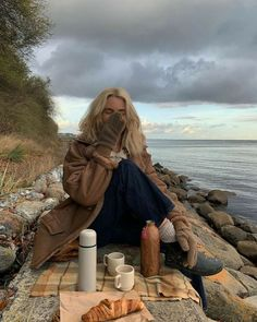 Mode Outfits, Fall Outfits, Fall Dates, Fall Lookbook, Autumn Cozy, Autumn Aesthetic, Hobo Style, Romantic Dates, Girl Pictures
