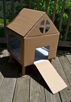 homemade play cardboard rabbit hutch look @Amy Lyons Lyons Lyons Lyons Lyons Martindale you can make one for guin guin so cute