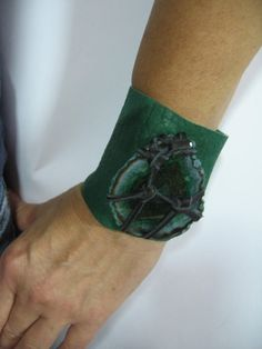 Leather Cuff Bracelet Green Dragon Vein Agate by Vacationhouse