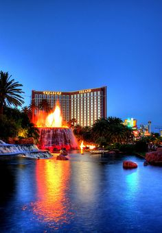 Mirage Volcano Las Vegas via flickr