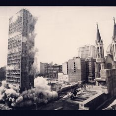 Implosion of Mendes Caldeira Building in 1975 (Se Square)  Sao Paulo / Brazil