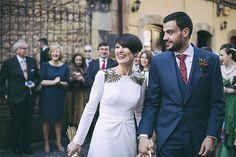 {Pravia, Asturias, y una novia con un vestido de bordado dorado. La boda de Lucía y Nacho}