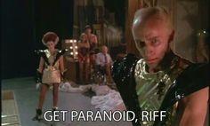 Get paranoid, Riff