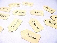 25 MINI Drink me, 25 MINI Eat me, Alice in Wonderland, gift tags- 50 count total
