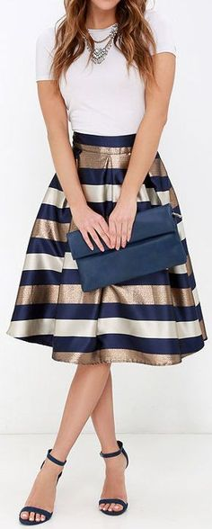 Women's fashion | Navy and gold striped skirt with simple white tee