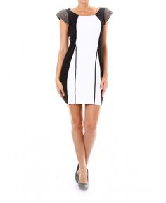 Елегантна къса рокля black&white | http://shopzone.bg/womens/рокли/64078/Best-brands-дамска-рокля-черно-бяло-от-Shopzone-bg