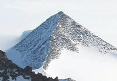 Ancient pyramids discovered in Antarctica http://inserbia.info/news/2013/06/ancient-pyramids-discovered-in-antarctica/