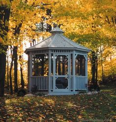 This Monterey classic is featured with a screen kit to keep the forest's insects from intruding while this Chicago family is enjoying their meals. This gazebo gives more reasons to hang around the poolside. Small Bar Areas, Large Gazebo, Hot Tub Gazebo, Gazebo Plans, Screened In Patio, Built In Bench, Western Red Cedar, In The Tree, Building Plans