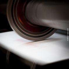 Vedi il mio progetto @Behance: \u201cReportage scatolificio\u201d https://www.behance.net/gallery/49251675/Reportage-scatolificio