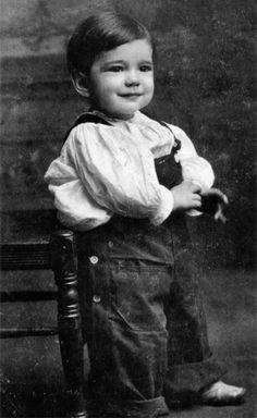 Humphrey Bogart, age 2.  Looks nothing like adult him.  Adorable.