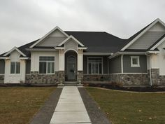 A few months ago, Boral Cultured Stone released one of it's new products; the Echo Ridge Dressed Fieldstone. Recently we had the first homeowner choose this …