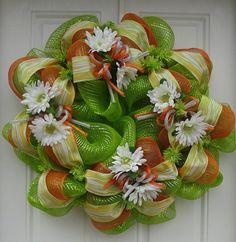 Daisy Deco Mesh Wreath