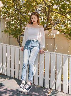 Korean Girl Fashion, Korean Fashion Trends, Korea Fashion, Asian Fashion, Daily Fashion, Tokyo Fashion, Street Fashion, Korean Summer Outfits, Korean Casual Outfits