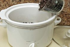 How to Melt Chocolate in a Crock Pot