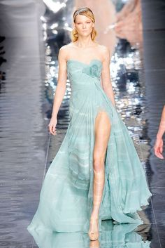 couture dress- I don't think I could pull this off, but I love the dress & the color.