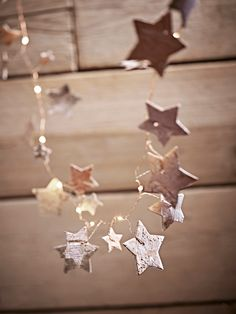 With a fine copper cable, warm white lights and natural birch star shapes, our Birch and Copper Light String can be hung as a garland around your home, or used to decorate your Christmas tree.