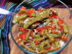 La Cocina de Leslie: Ensalada de Nopales {Cactus Paddle Salad} & How to Cook Nopales