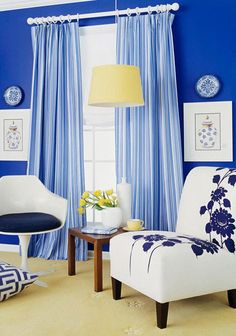 """Cortinas são peças lindas e importantes para dar um """"Up"""" em qualquer decoração! Veja outras inspirações no blog!"""