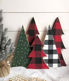 Buffalo Check Christmas tree | Buffalo check Christmas decor | Farmhouse Christmas decor | Buffalo Check | Christmas tree | mantel decor