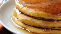Breakfast And Brunch, Pumpkin Pancakes, These Barely-Sweetened Fluffy Pancakes Feature Ginger, Cinnamon And Allspice To Emphasize The Pumpkin Flavor. Serve Them Hot With Maple Syrup For The Best Autumn Or Winter Breakfast Dish Ever. Breakfast And Brunch, Breakfast Dishes, Breakfast Recipes, Pancake Recipes, Breakfast Pancakes, Breakfast Healthy, Breakfast Smoothies, Healthy Breakfasts, Eating Healthy