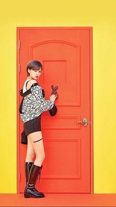Jungyeon + Twice + Yoo_Jung_Yeon Twice Knock Knock, Hyuna Red, Twice Mv, Twice Korean, Merry Happy, Tzuyu Twice, Kpop Outfits, Cheer Up, Feeling Special