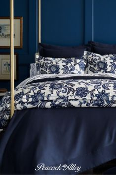 Moody Blues Bedroom Ideas - Add layers of deep, rich, and sophisticated bedding to your bedroom. Blues that are inviting and make a statement. Layer with like tones or contrasting ones to create a look all your own. Bedroom Styles, Bedroom Ideas, Bedroom Decor, Southern Style Bedrooms, Navy Blue Bedrooms, Feminine Bedroom, Relaxing Colors, Clean Bedroom, Moody Blues