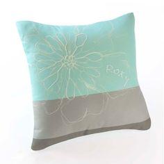 Roxy Huntress Square Multi-colored Toss Pillow Roxy http://www.amazon.com/dp/B00A7M6RIA/ref=cm_sw_r_pi_dp_JPS1tb0VN61M7BDR