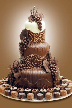 Chocolate wedding cake - For all your cake decorating supplies, please visit… Gorgeous Cakes, Pretty Cakes, Cute Cakes, Amazing Cakes, Chocolate Art, Chocolate Lovers, Chocolate Chocolate, Chocolate Truffles, Unique Cakes