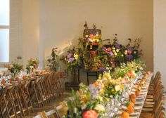 Table arrangements The chain store.jpg
