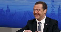 Dmitrij Medvedev, 3 agosto 2017 – Covert GeopoliticsLa dirigenza statunitense ha completamente piegato Donald Trump usando la debolezza della sua amministrazione per dichiarare la guerra econ…