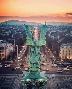 Archangel Gabriel the Awakener, Over Budapest, Hungary Beautiful Places To Travel, Most Beautiful Cities, Cruise Travel, New Travel, Places Around The World, Travel Around The World, Budapest Travel Guide, Danube River Cruise, Capital Of Hungary