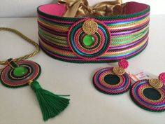 Cinturón y complementos Louver Marbella - Belt and accessories Louver Marbella Rope Jewelry, Ethnic Jewelry, Jewelry Art, Jewelery, Jewelry Design, Soutache Jewelry, Beaded Jewelry, Handmade Jewelry, Fabric Beads