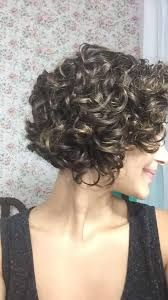 Hair Women Medium Curls For 2019 Mid Length Curly Hairstyles, Short Curly Haircuts, Hairstyles Over 50, Curly Hair Cuts, Curled Hairstyles, Wavy Hair, Pretty Hairstyles, Short Hair Cuts, Hot Hair Styles
