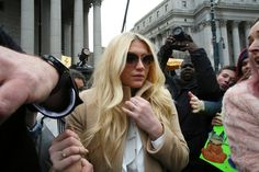 Singers like Lady Gaga, Miley Cyrus and Taylor Swift are backing Kesha's battle against her former mentor, Dr. Luke, after a court ruling in New York.