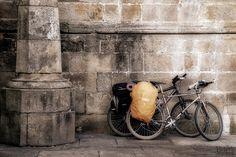 https://flic.kr/p/4ivBbW | The last rest / El último descanso | It is the last stop. It is the ending place for pilgrims.