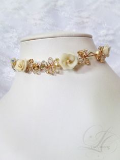 Swarovski cristal ivory bridal necklace