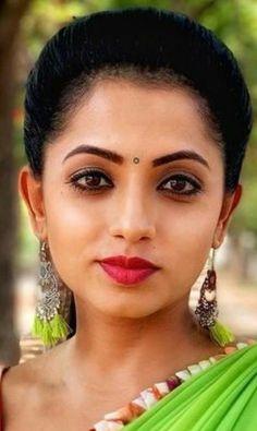 Beautiful Girl Photo, Beautiful Girl Indian, Beautiful Indian Actress, Beautiful Saree, Indian Actress Images, South Indian Actress Hot, Indian Actresses, Beauty Full Girl, Beauty Women
