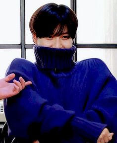 black hole Now that I\'ve seen him look this adorbs in this blue sweater I want one too lol #twinsies☺☺️♥