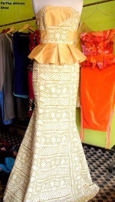 African Wedding Dress - that's my vision of this beautiful dress....hmm