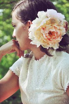 wanderlustings floral hair comb
