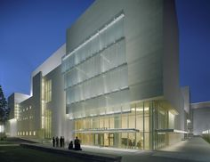 Renee and Henry Segerstrom Concert Hall and Samueli Theater in California | Designed by Pelli Clarke Pelli Architects