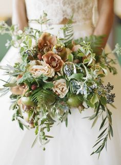 Floral Design: Coco Rose Design - Inspiration Shoot at Montecito Estate by Jill & Co Events (Planning & Design) + Kristen Beinke (Photography) - via Grey likes weddings