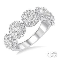 7/8 Ctw Round Cut Diamond Lovebright Ring in 14K White Gold